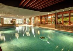 Hilton Grand Vacations at Craigendarroch Suites - Ballater - Piscina