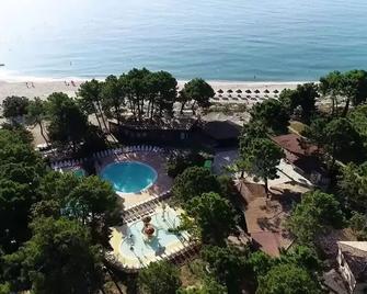 Vignale Resort - Ghisonaccia - Pool