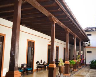 Hotel Villa De Flores - Uruapan