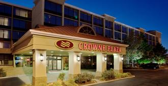 Crowne Plaza Cleveland Airport - Middleburg Heights