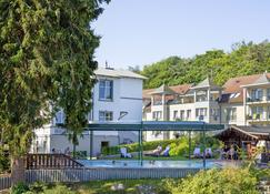 Ostseehotel - Villen im Park - Bansin - Bygning