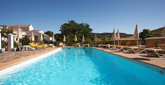 Hotel Cortijo Las Piletas - רונדה - בריכה