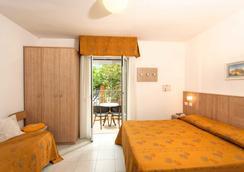 Hotel Alfonsina - Riccione - Κρεβατοκάμαρα
