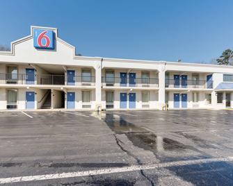 Motel 6 Kingston - Kingston - Gebouw
