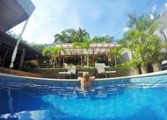 Hotel Arco Iris - Tamarindo - Zwembad