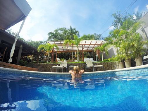 Hotel Arco Iris - Tamarindo - Pool