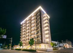 Hotel Miyahira - Ishigaki - Bâtiment