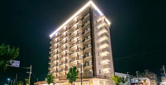 Hotel Miyahira - İshigaki - Bina