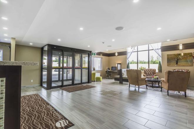 Comfort Inn - Trenton - Lobby