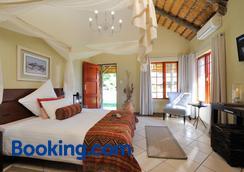 Frans Indongo Lodge - Otjiwarongo - Schlafzimmer