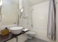 La Paix Hotel Contemporain - Brest - Bathroom