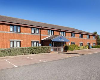 Travelodge Canterbury Whitstable - Фейвешем - Building
