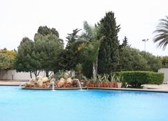 Hotel El Aurassi - Algiers - Pool