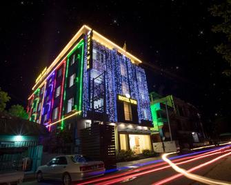 Hotel Win - Pyin Oo Lwin - Gebäude