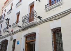Hotel Castilla - Cáceres - Building