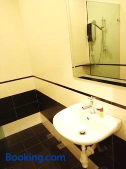 四季景觀酒店 - 關丹 - 關丹 - 浴室