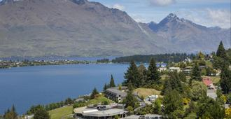 Holiday Inn Queenstown Frankton Road - Queenstown - Outdoor view