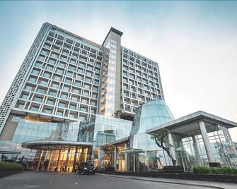 The Margo Hotel - Depok - Gebouw