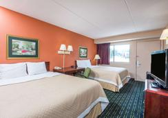 Days Inn by Wyndham Pittsburgh-Harmarville - Pittsburgh - Phòng ngủ