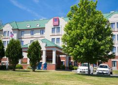 Comfort Suites West Warwick - Providence - West Warwick - Building