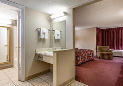 Green Valley Motel - Pigeon Forge - Μπάνιο