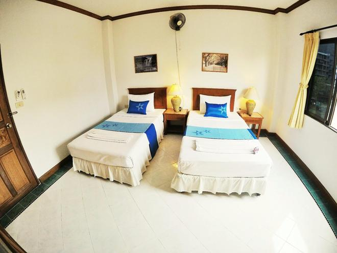 Sea Front Home - Patong - Bedroom