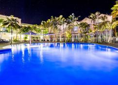 Ramada Resort by Wyndham Shoal Bay - Shoal Bay - Pool