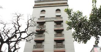 Sai Palace Inn - Mumbai - Building