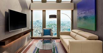 Four Points by Sheraton Seoul, Gangnam - סיאול - סלון