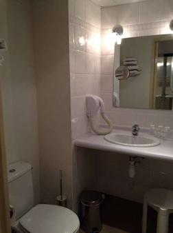 Appart'hôtel Saint Jean - Lourdes - Phòng tắm