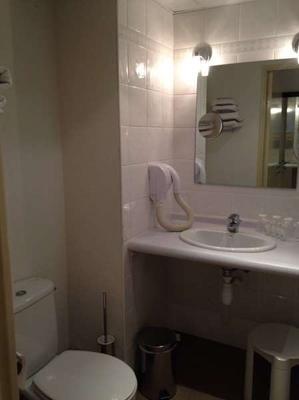 Appart'hôtel Saint Jean - Lourdes - Bathroom