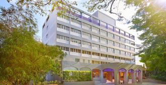 Vivanta Bengaluru Residency Road - Thành phố Bangalore - Phòng ăn