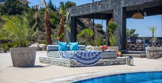 Ano Kampos Hotel & Studios - Faliraki - Pool