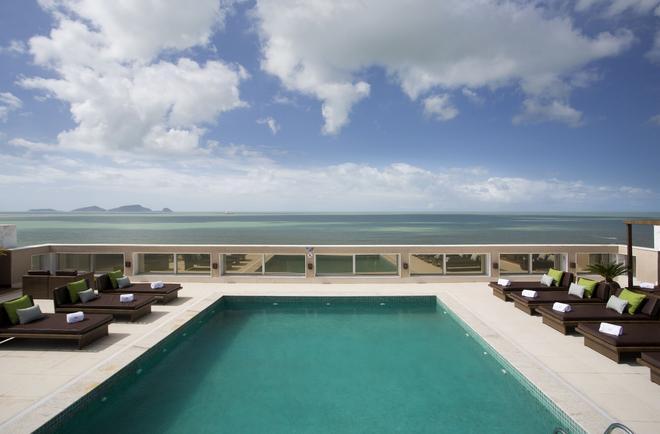 Royal Atlântica Macaé Hotel - Macaé - Pool