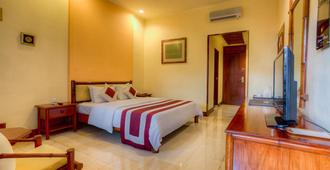 Grand Istana Rama Hotel - Kuta - Bedroom