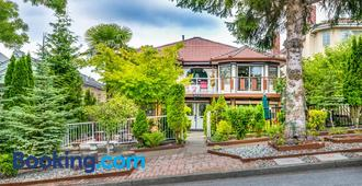 Diana's Luxury Bed & Breakfast - Vancouver - Rakennus