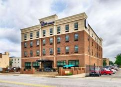 Sleep Inn & Suites Downtown Inner Harbor - Baltimore - Building