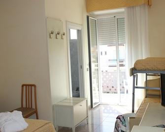 Hotel Gaston - Rimini - Bedroom