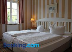 Haus Antje - Ostseebad Wustrow - Schlafzimmer