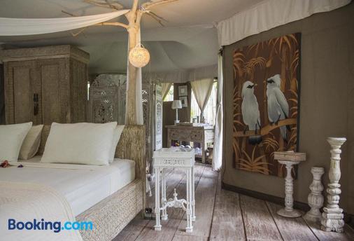 Sandat Glamping Tents - Ubud - Bedroom
