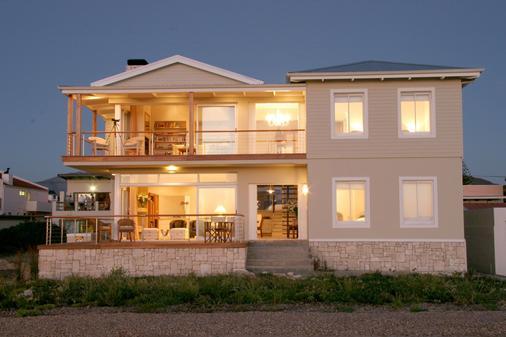 138 Marine Beachfront Guesthouse - Hermanus - Toà nhà