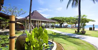 Keraton Jimbaran Beach Resort - South Kuta - Rakennus