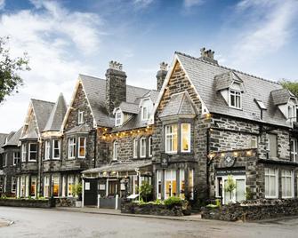 Gwydyr Hotel - Betws-y-Coed - Building