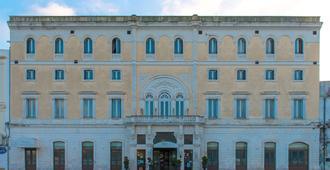 Grande Albergo Internazionale - Brindisi - Edifício