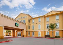 Quality Inn & Suites - La Porte - Building