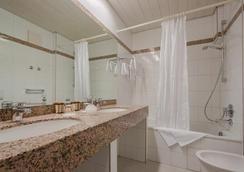 Hotel Unger - Stuttgart - Bathroom