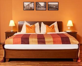 Hotel Sporer Der Parktherme Bad Radkersburg - Radkersburg - Schlafzimmer
