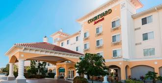 Courtyard by Marriott Fort Myers at I-75 and Gulf Coast Town Center - Fort Myers