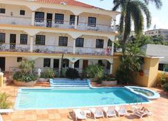 Grandiosa Hotel - Монтего-Бей - Басейн