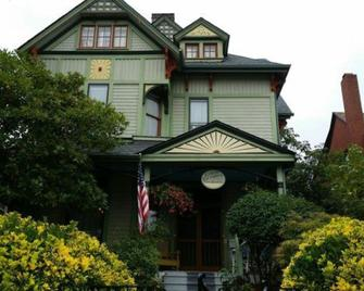 Geiger Victorian Bed & Breakfast - Tacoma - Building